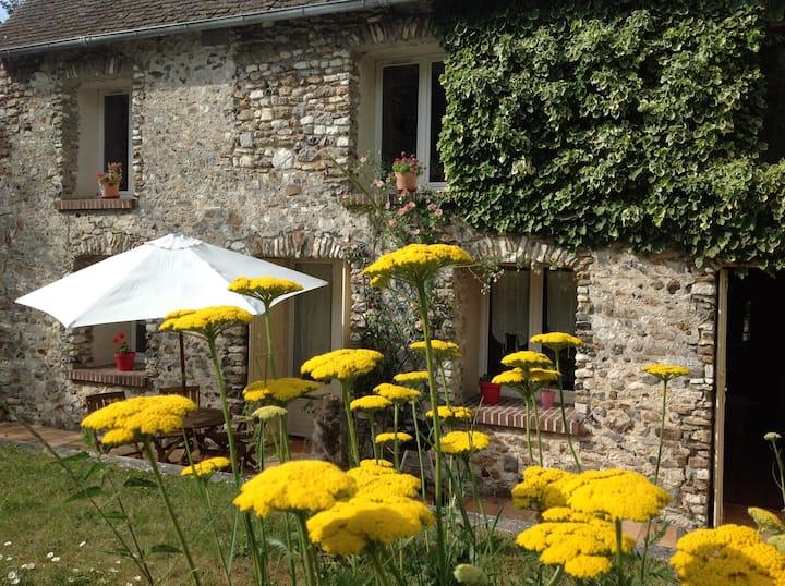 Le cottage vert dans un Moulin du XVIIIieme