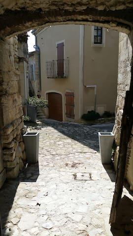 Studio  25m2 - Drôme Provençale