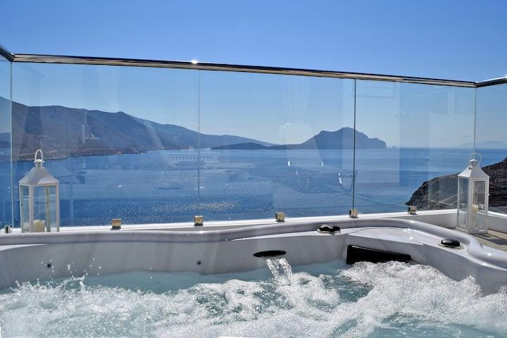 Honeymoon Luxury Suite by Aegialis