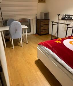 Gemütliches Zimmer