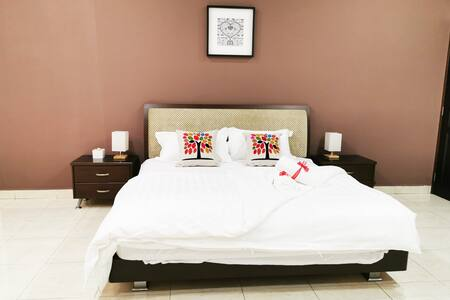 Master Suite Room Inside Semi-D (Bukit Minyak)