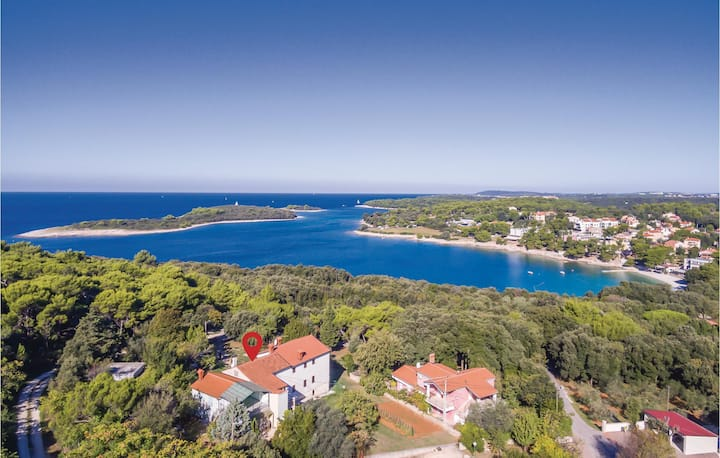 Awesome home in Pula with 1 Bedrooms