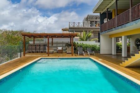 Mooi appartement met zwembad - Grote Berg - Appartement