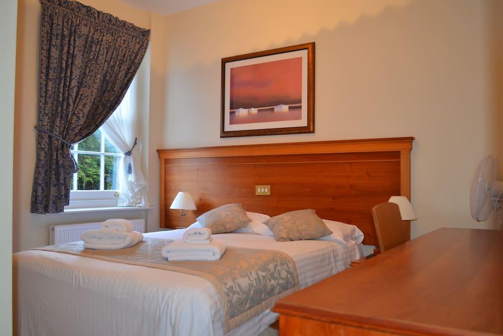 A kingsize double room