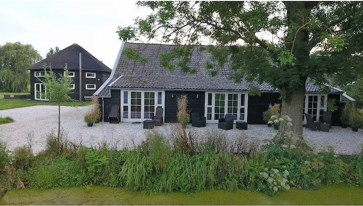 KoetsHuys in de polders van het groene hart