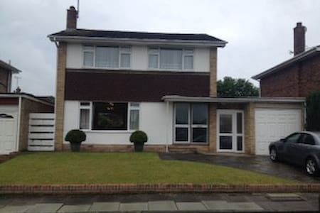 Detached family home in Kent near London