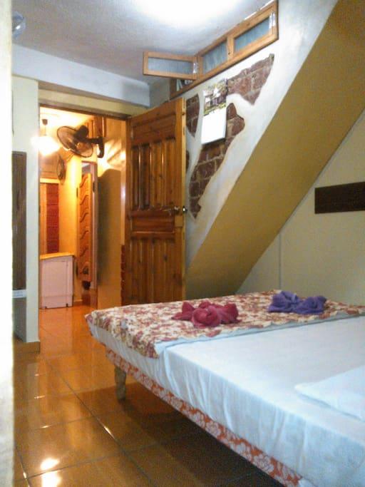 Schlafzimmer - bedroom - dormitorio