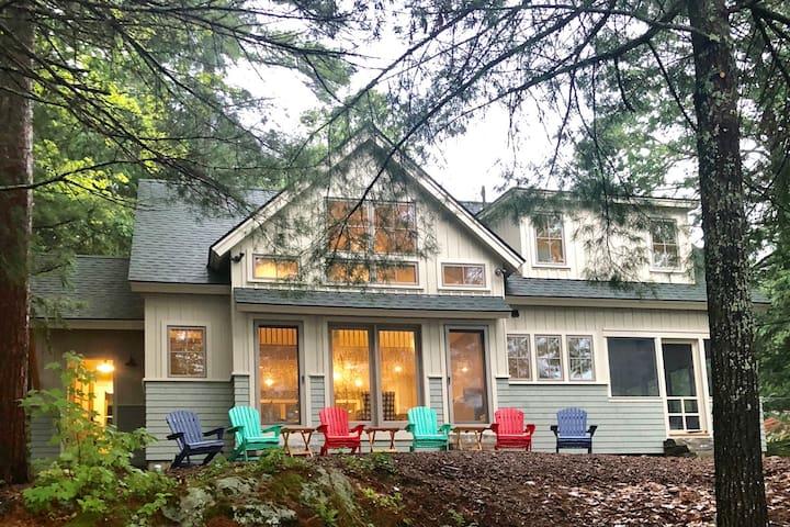Midcoast Maine Lakefront Retreat