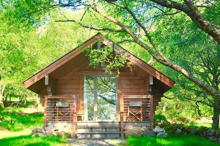 Cabin Teko, Tigh Brachen Bothies, Diabaig Torridon