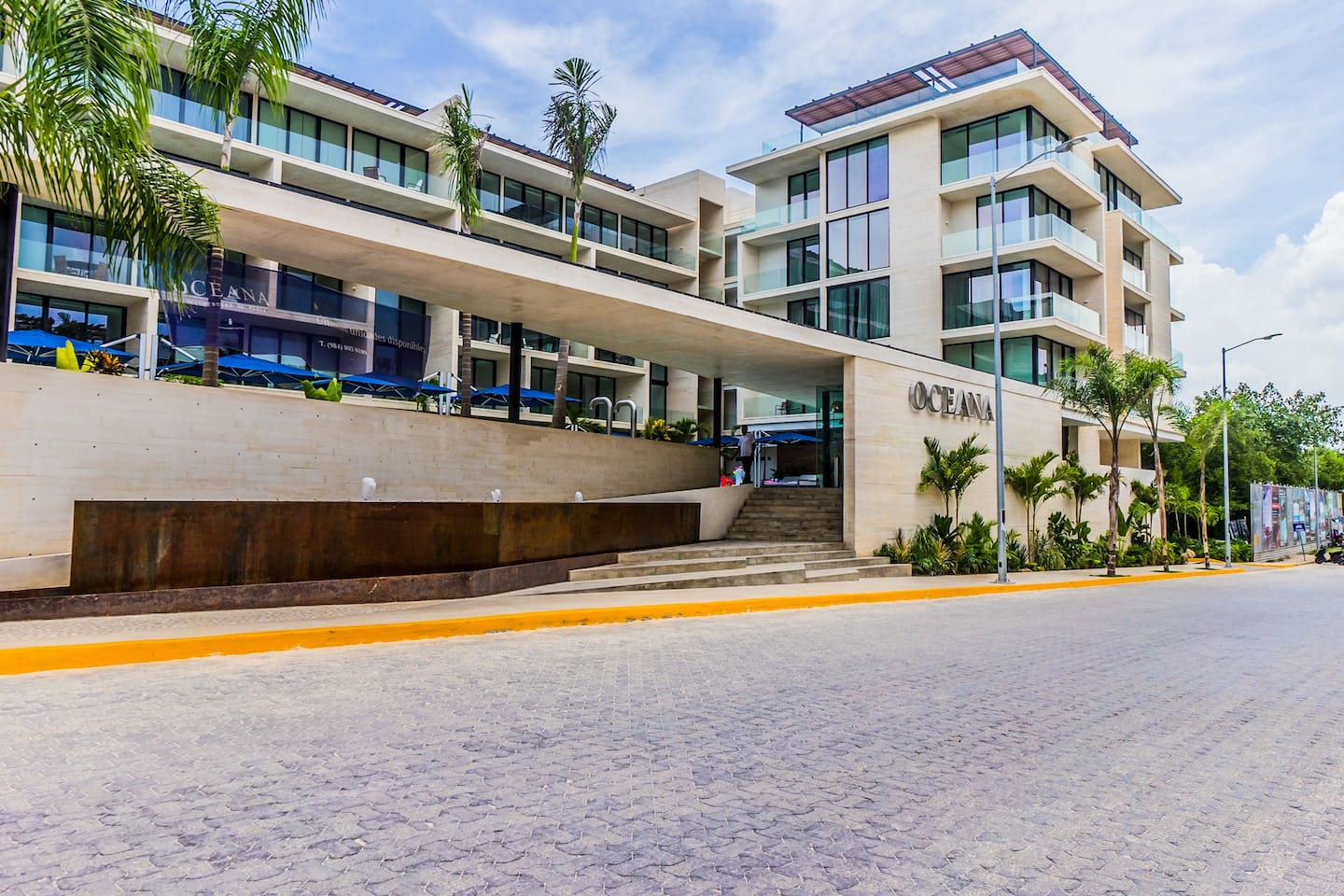 OCEANA Amazing 3BD home steps away from the beach!