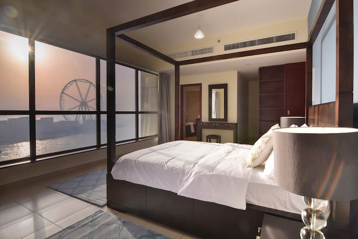 Best Sea View and Marina 2BDR in JBR