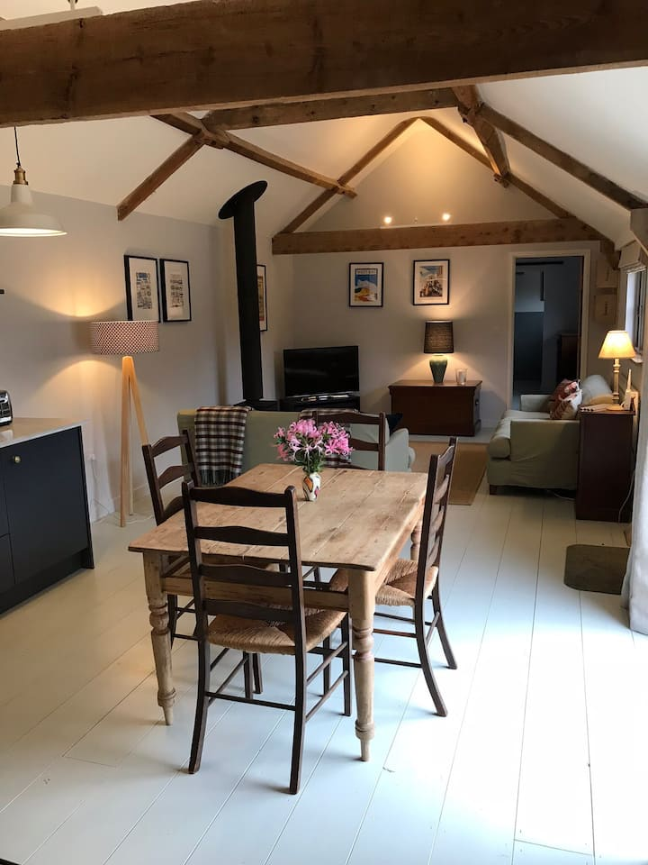 The Dairy - Beautiful Barn Conversion  Sleeps 4