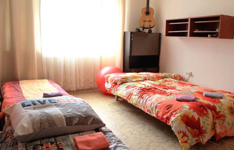 Private room in apt in Bratislava - บราติสลาวา - ที่พักพร้อมอาหารเช้า