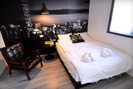 葉子。宿L2房(雅痞紳士雙人房,低調沉穩色系裝潢,給懂得品味生活的你) - Haus