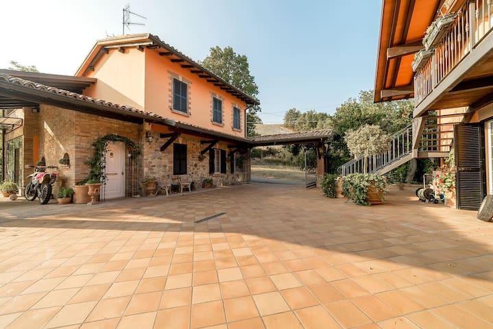 Villa Rossana Apartment Relax Langhirano - Parma - Langhirano - Lejlighed
