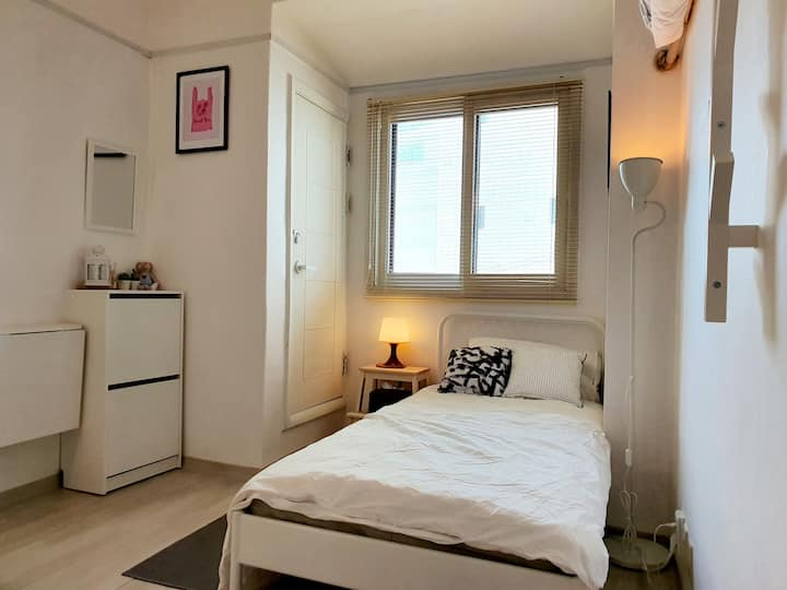 Hongdae 1 Person Private COZY HOUSE