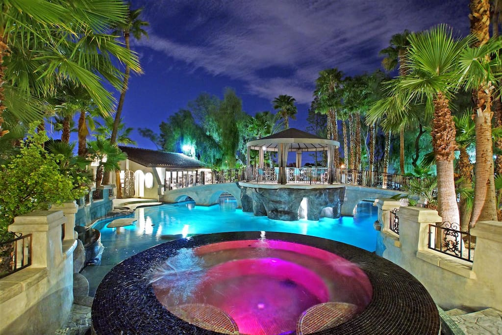 Main jacuzzi overlooking pool