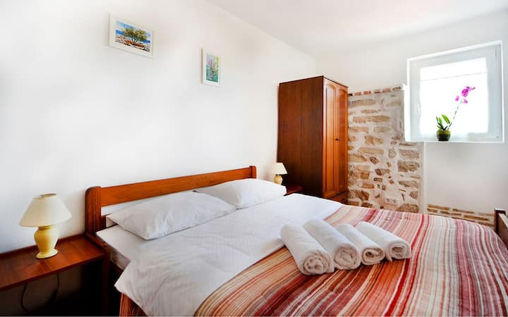 Old Town Vrsar apartment  in Stone House
