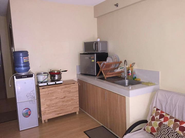 Studio type unit in One Oasis Mabolo