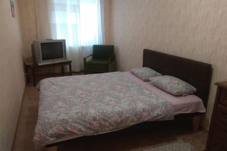 Двухкомнатная квартира в центре г.Лубны