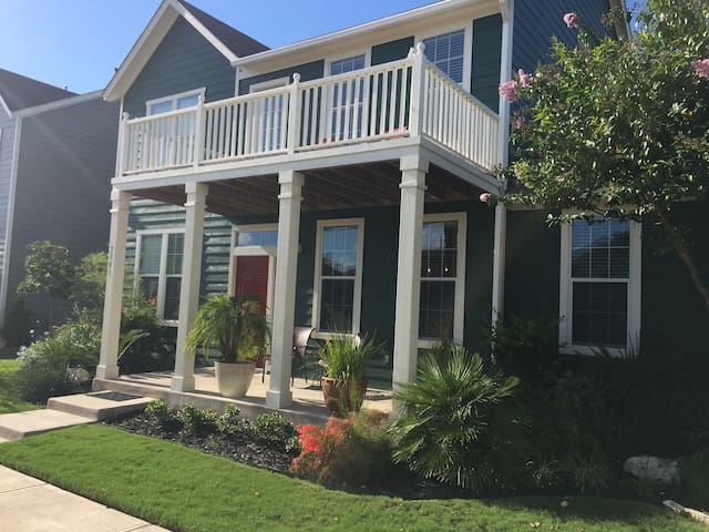 Amazing Golf Course View Home In Plum Creek - Kyle - House