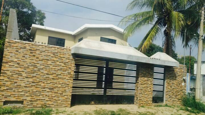 Casa amplia para vacacionar en familia en Altamira
