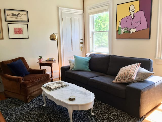 Nice 2-BR on East Side with Kitchen, Parking, Yard
