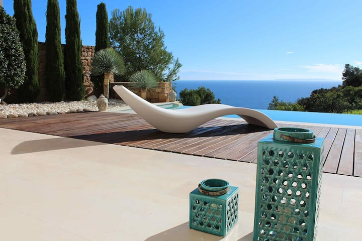 Duplex Lucian, amazing seaview - Roca Llisa - Casa