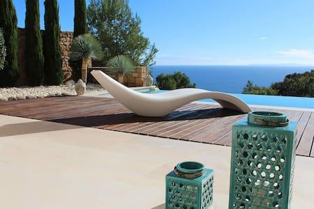 Duplex Lucian, vista mare e piscina - Roca Llisa - House