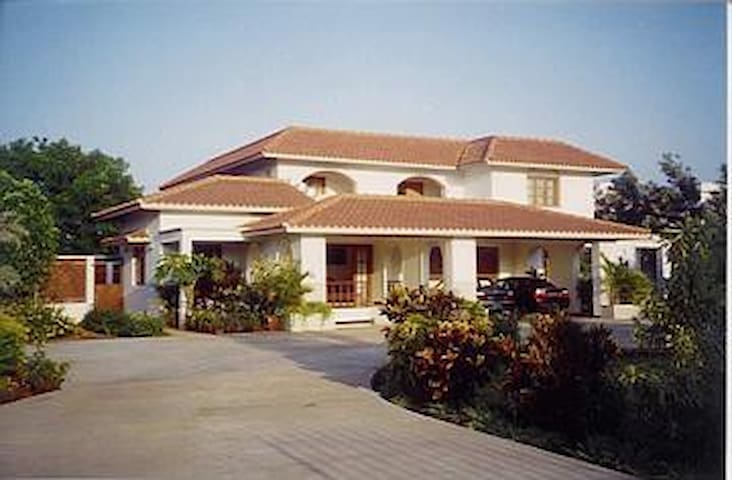 Bungalow with serene outdoor space - Tiruppur - Dům