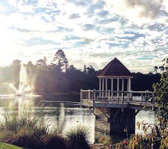 The White House, Garden Room. - Whanganui