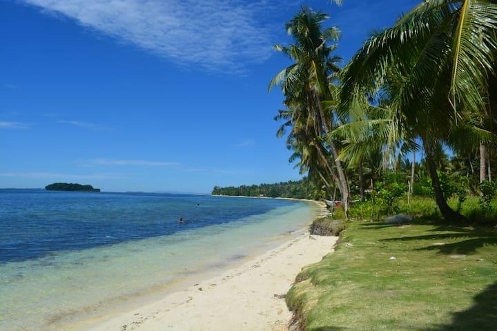 Yayay villa 1..1min to white beach,TV&WIFI