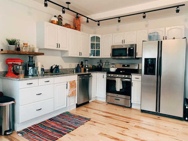 Newly renovated home in downtown Amesbury