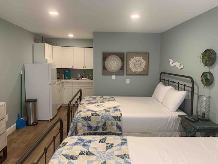 Clean Quaint Bogue Shores Unit