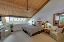 ON THE BEACH!   3 Bedrooms