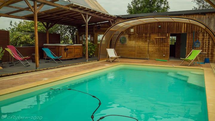 Ty Lou, spa, sauna, piscine chauffée toute l'année