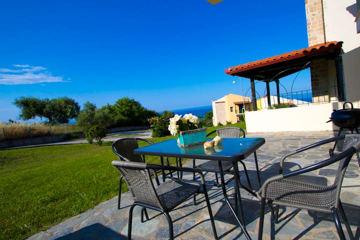 Plagia Shared Pool Maisonette I, Hanioti