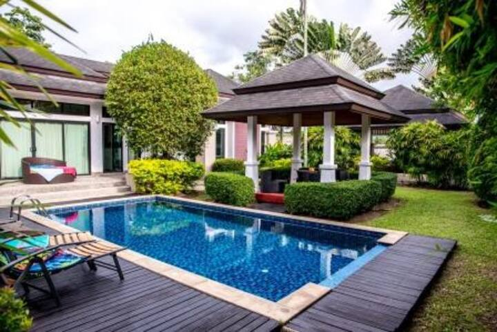 VIP Villa with Private Pool and Garden