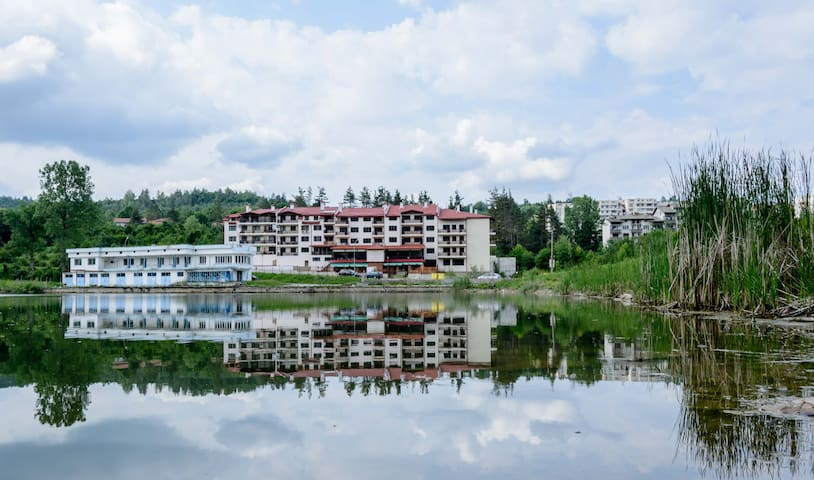 The Lake Apartment Tryavna