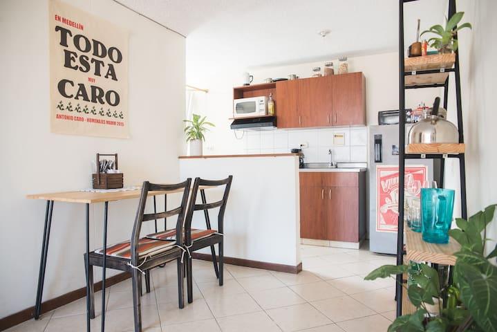 Quédate en el Centro. - Medellín - Apartamento