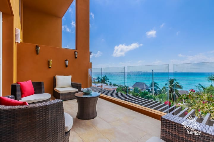 Lofty Stay at Punta Sur on Isla Mujeres