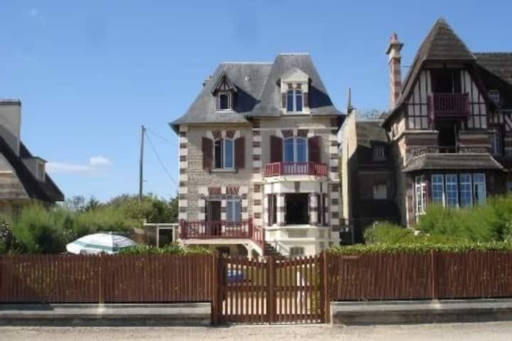 Villa Normande en front de mer