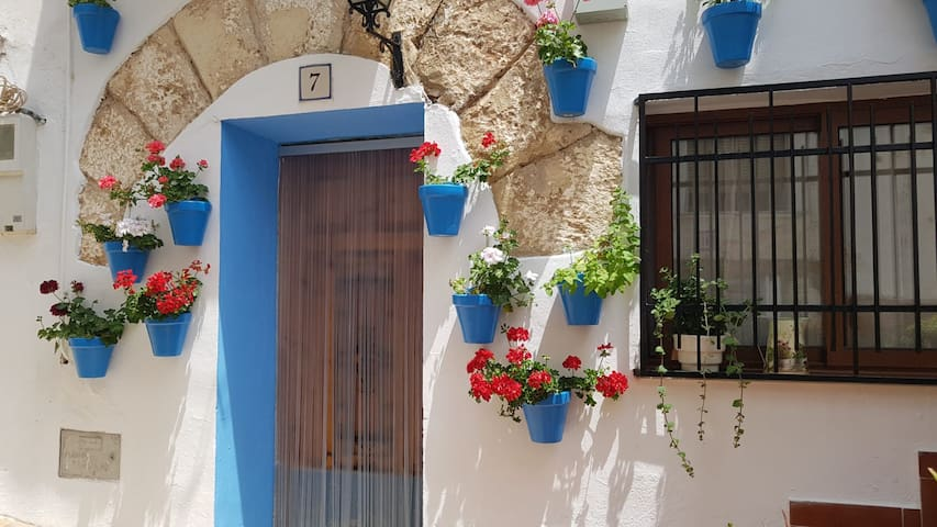 Charming cottage in Sot de Chera - 20mn Chulilla