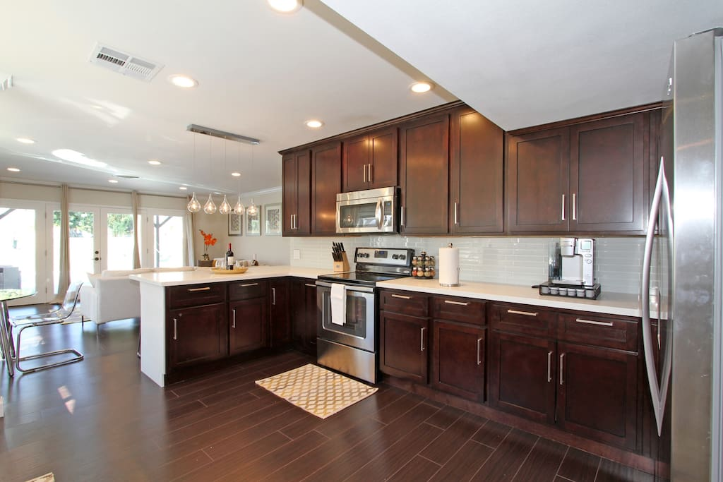 The kitchen has everything you will need!