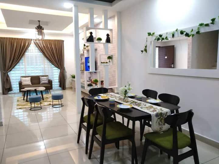 Relaxing House@ Kepala Batas@ Family Suites@ Wifi