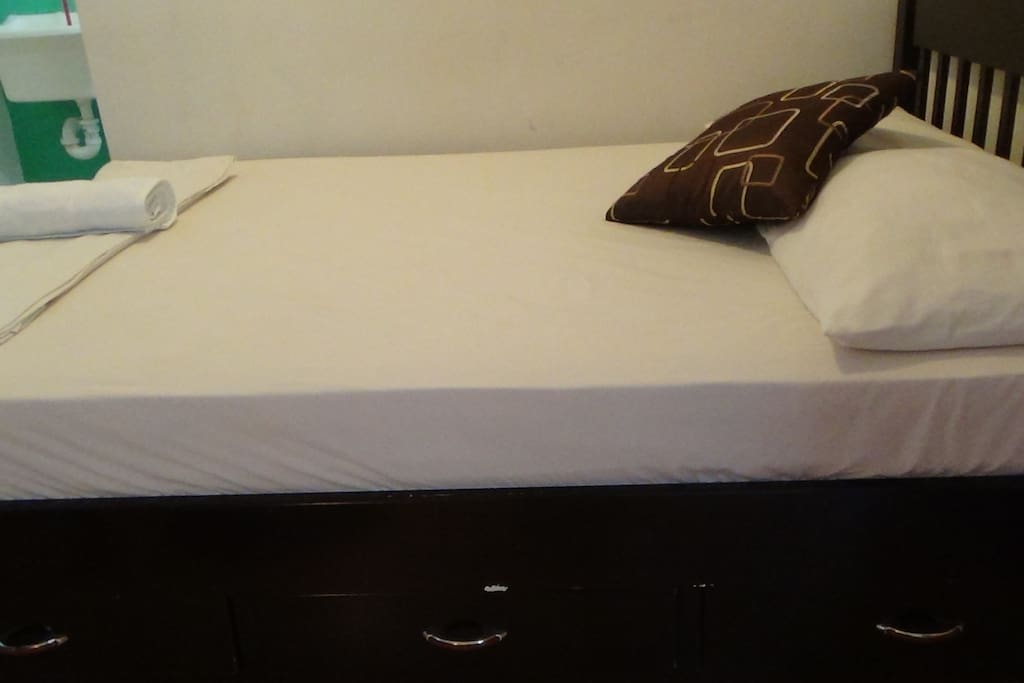 Double Bed, Clean Linen and Towels
