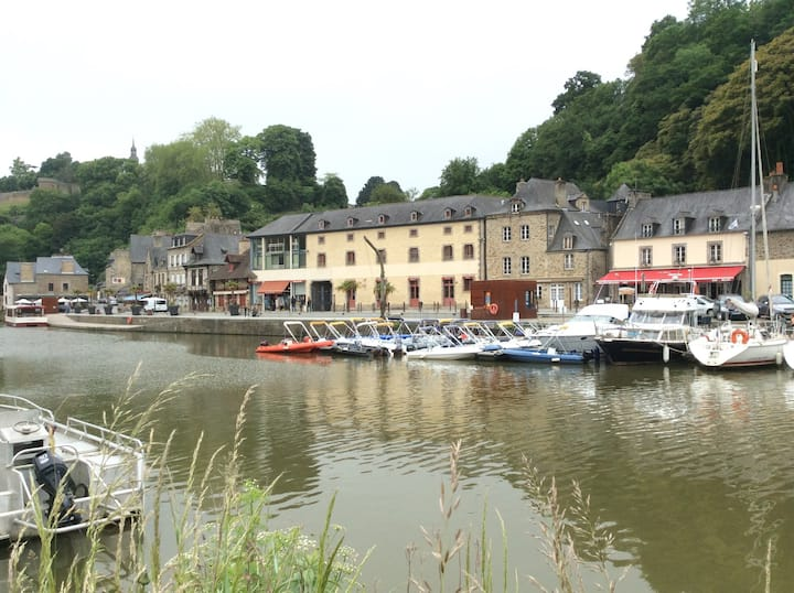 """Cozy Loft in breathtaking Area' PORT de DINAN."