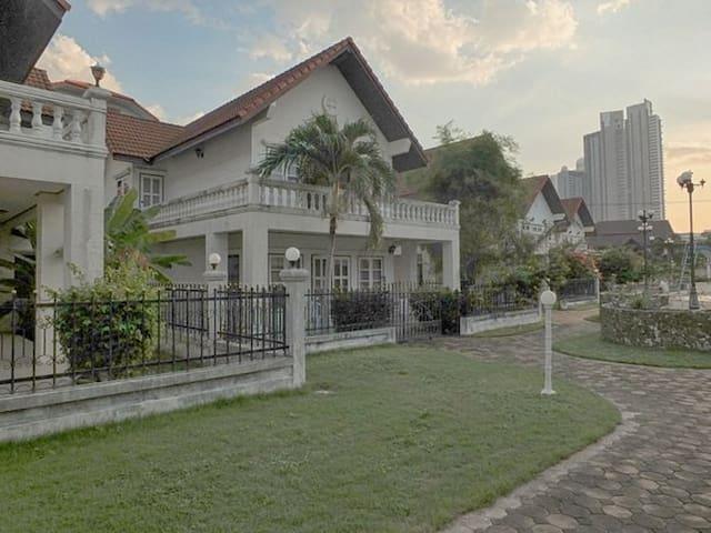 Дом в Паттайе на новогодние дни) - Muang Pattaya - Casa