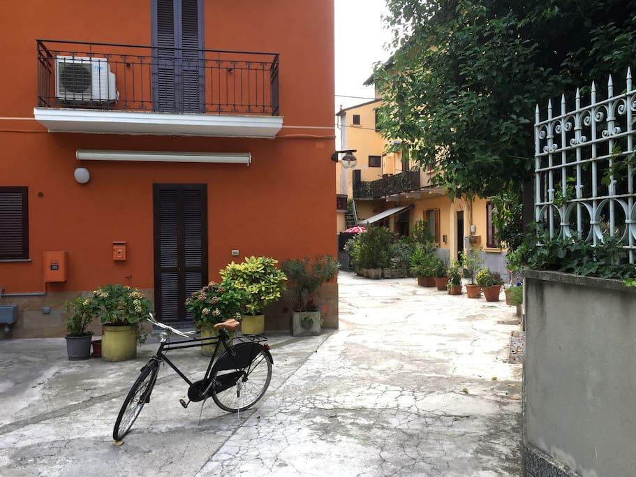 super pour les amis parfait pour les familles appartements louer milan lombardia italie. Black Bedroom Furniture Sets. Home Design Ideas