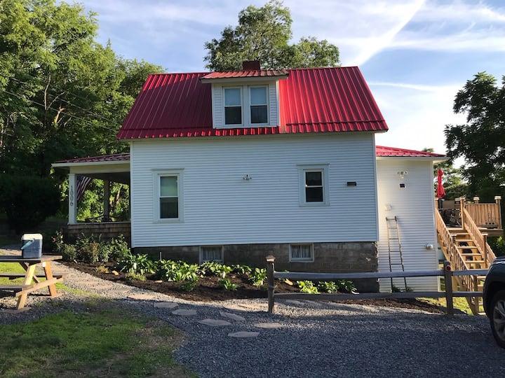 Carol's Cottage